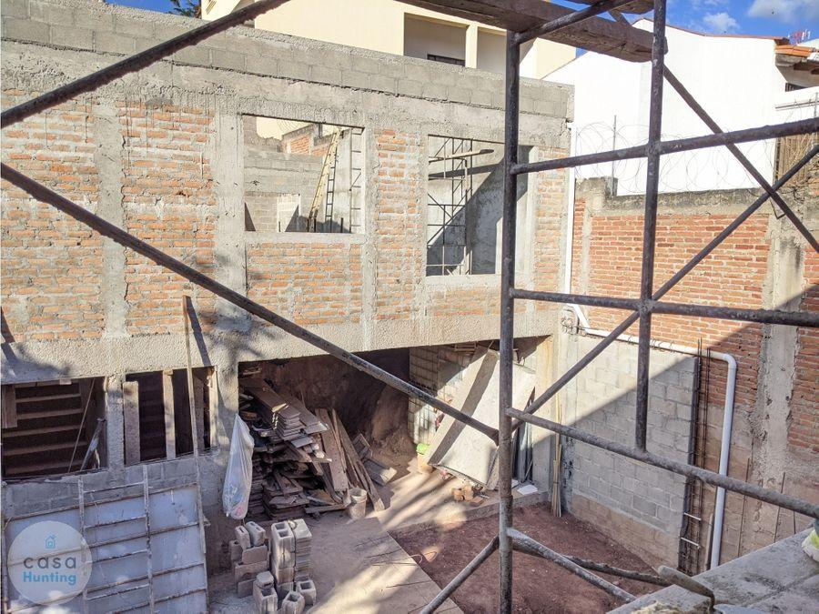 townhouse en venta lomas del guijarro sur 2 hab