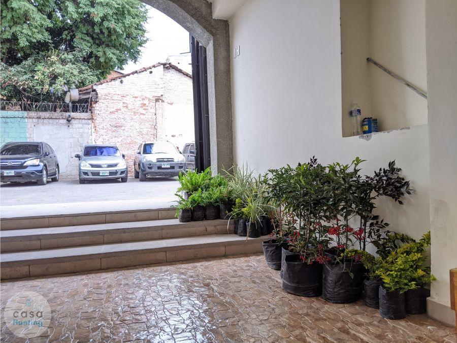 alquiler local comercial casa antigua restaurada 80 m2