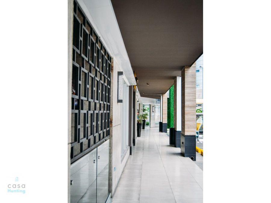 local paseo juan pablo 8811 m2 2do nivel
