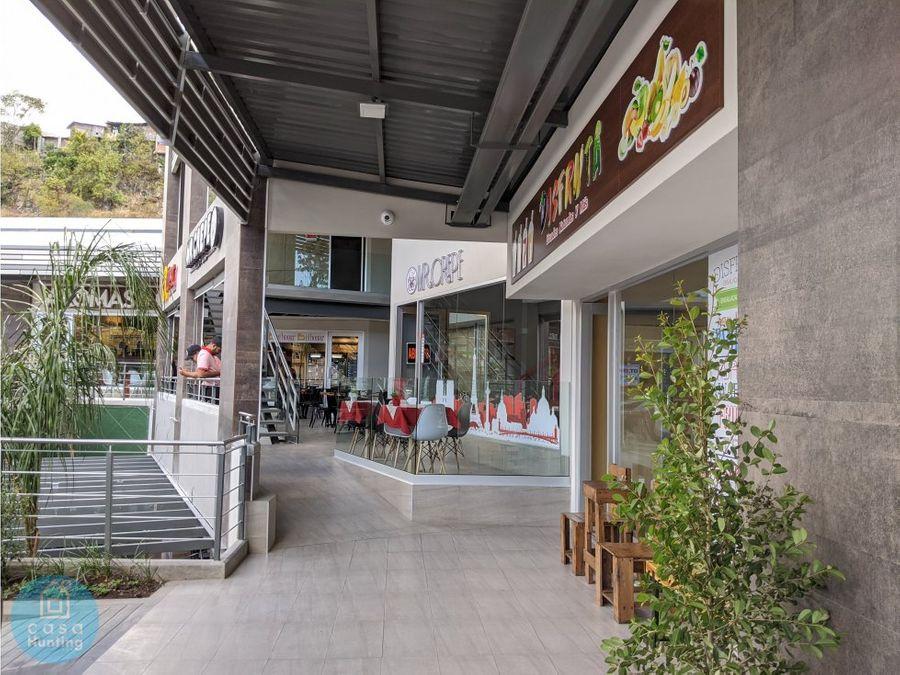 local en plaza ciudad nueva 45 m2