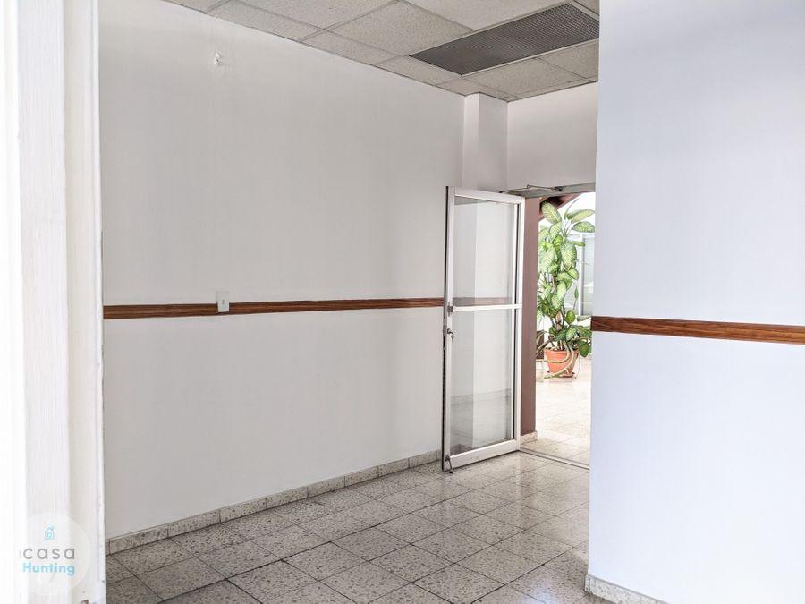 oficina en renta sobre ave la paz 120 m2