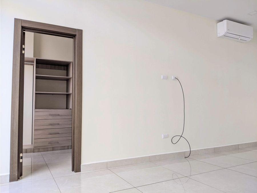 apartamento en renta res la hacienda 3 hab