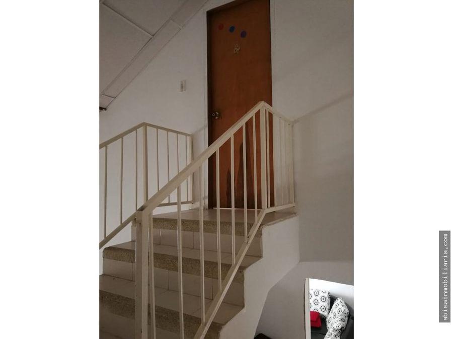 casa de 2 pisos en las vinas