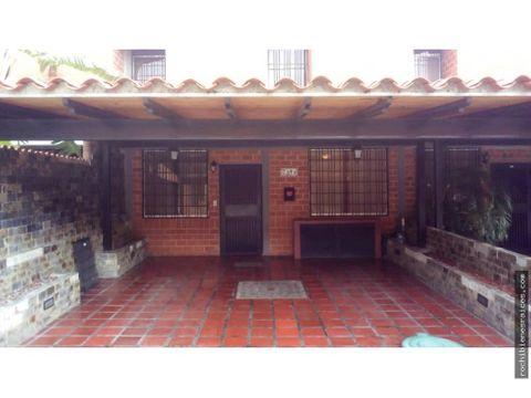 town house conj resd la laguna nueva casarapa