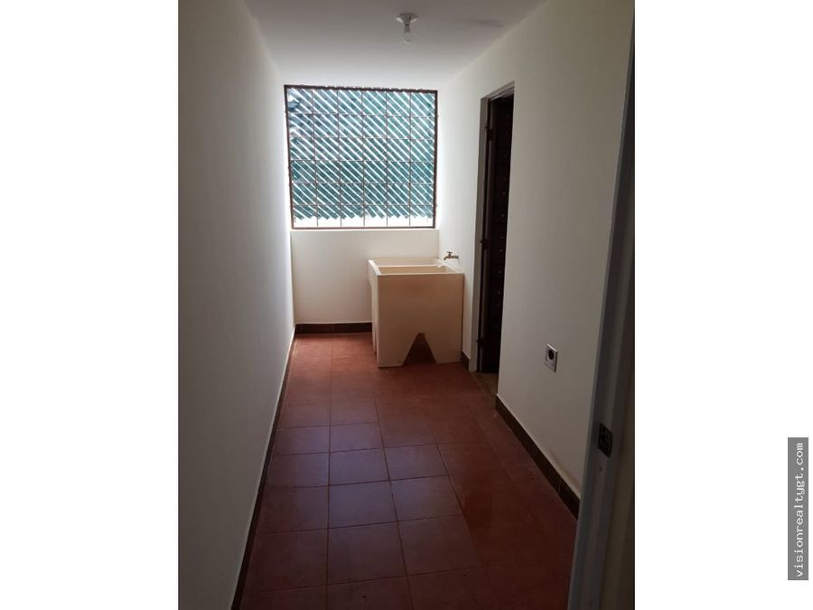 venta de apartamento en hacienda real zona 16