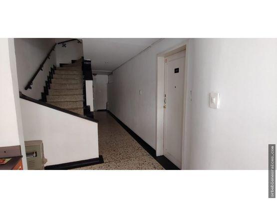 vendo apartamento en la 30 de agosto