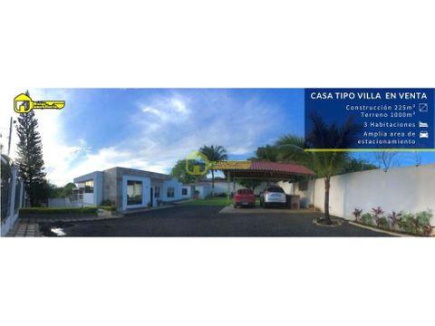 casa en venta con amplio garaje y area verde