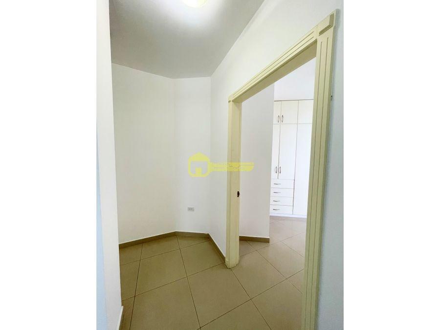 departamento en alquiler umina 3 habitaciones manta