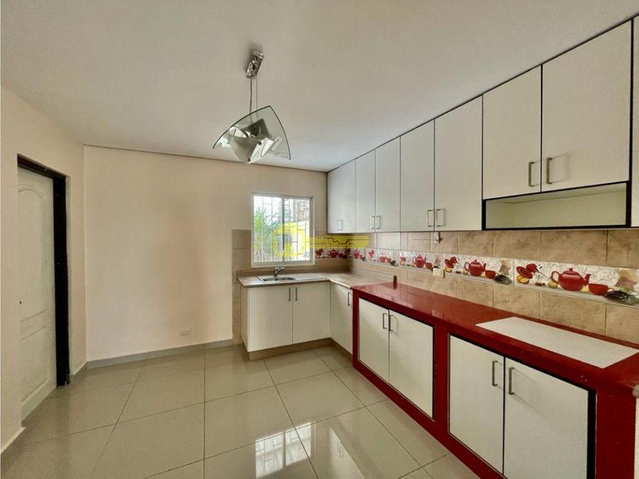 casa en venta en urbanizacion la campina