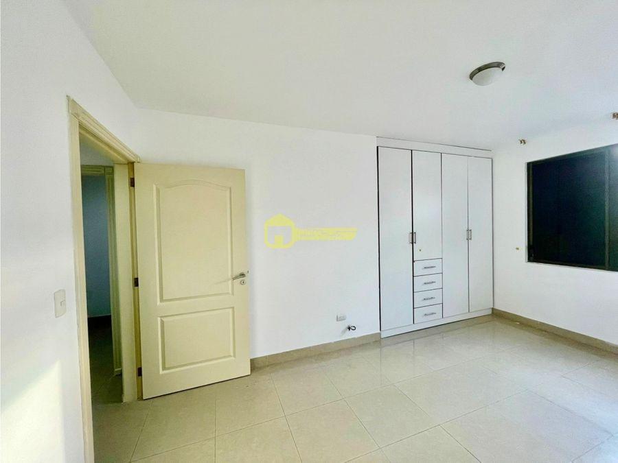 departamento ubicado en condominio privado umina manta