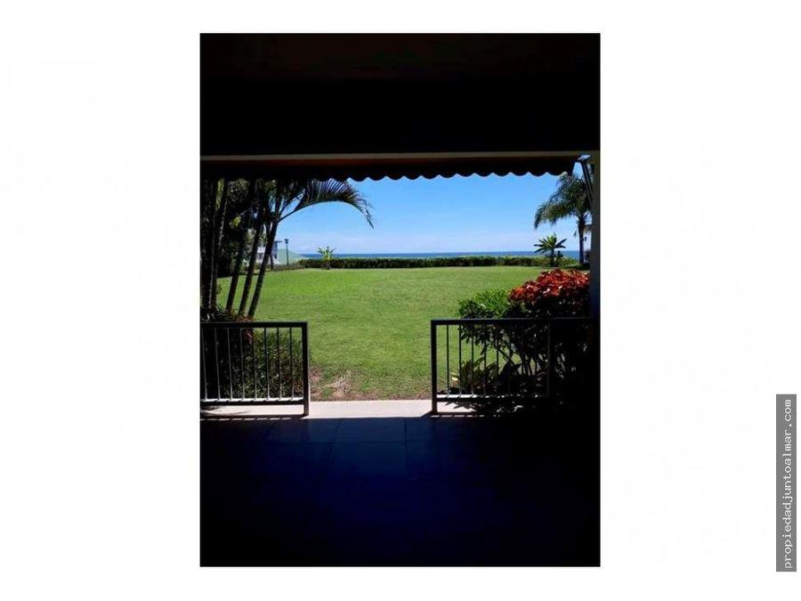 en venta casa decorada con vista al mar