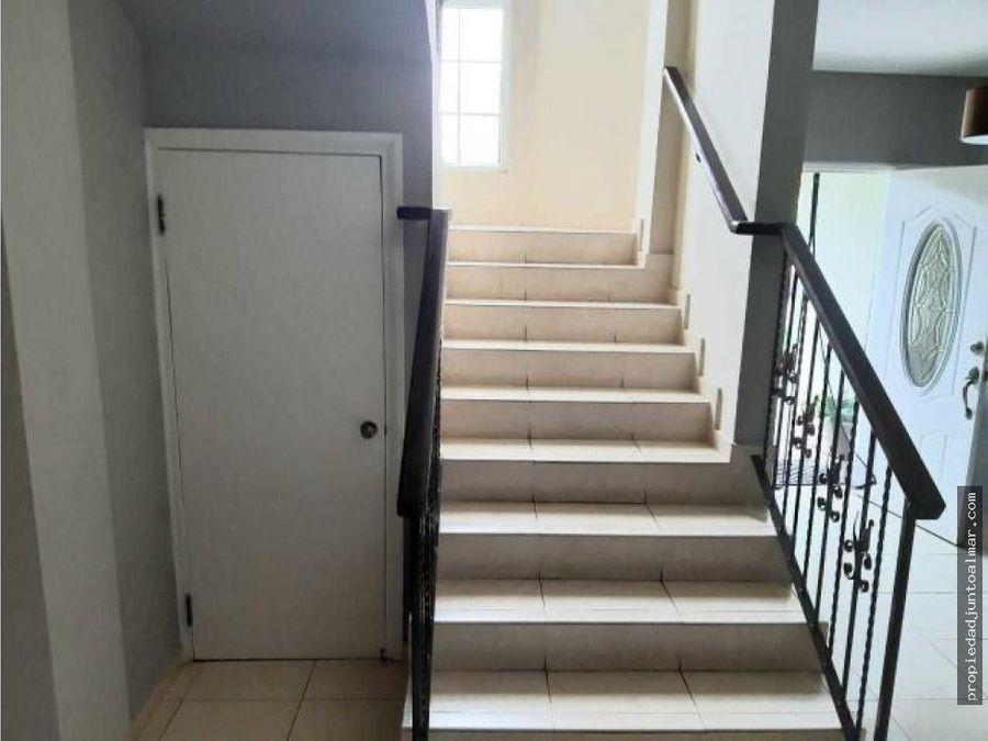 alquiler de casa en ancon