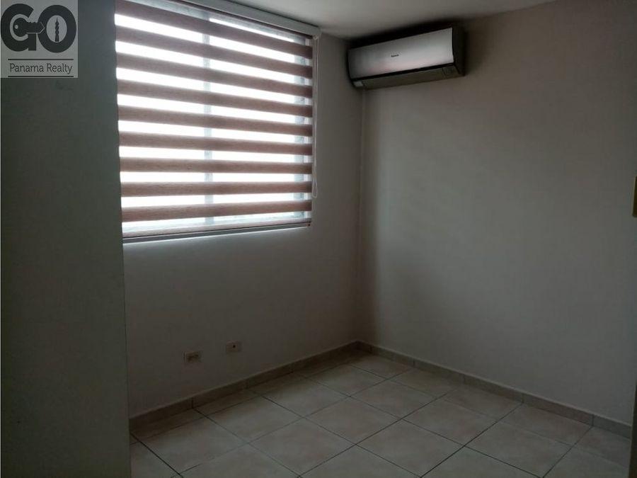 alquilo apartamento con linea blanca en ph mirador de san francisco