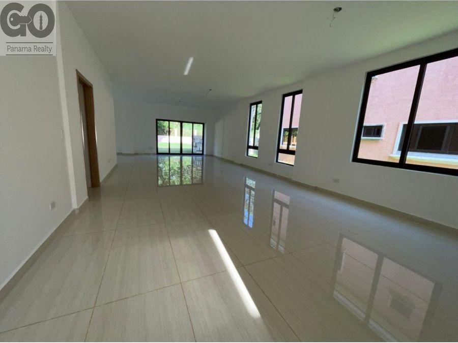 en venta casa unifamiliar dos niveles en clayton