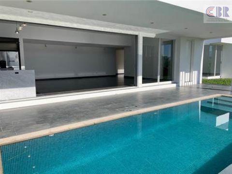 casa en renta atenas joya de estilo moderno