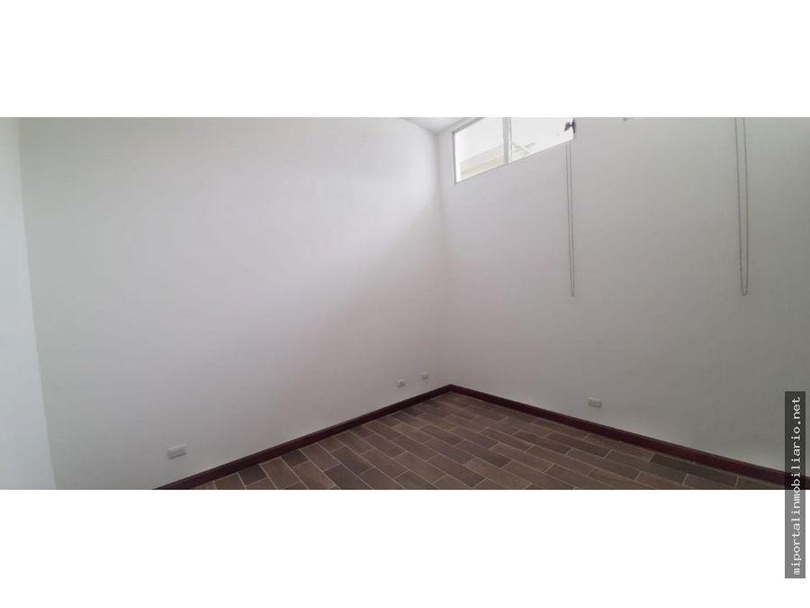 se alquila amplio apartamento en curridabat la lia
