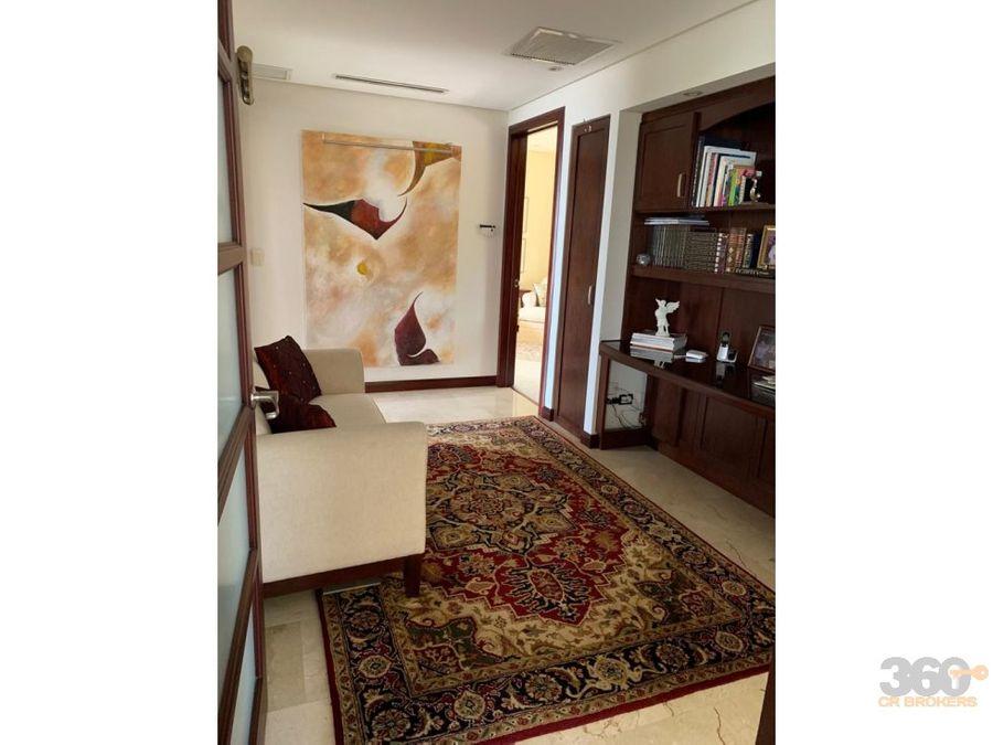 elegante apartamento con extraordinaria vista