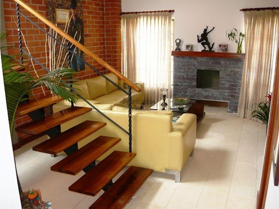 casa para la venta en el sector asdesillas sabaneta