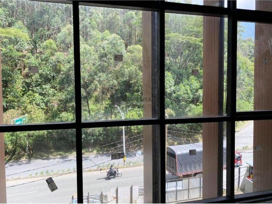 oficina en obra gris en la avenida las palmas para la venta