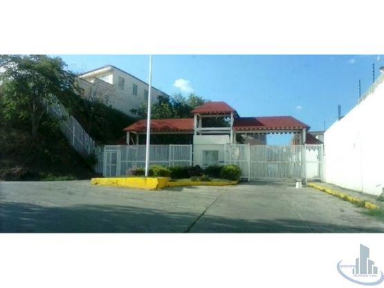 venta townhouse loma real charallave miranda