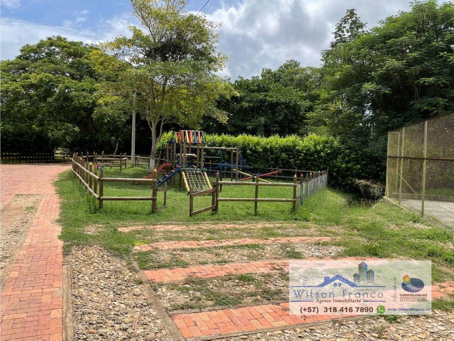 casa campestre con piscina y bohio arboles frutales cerca cartagena