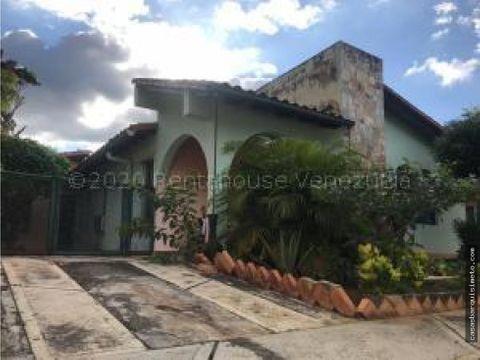 amplia casa en venta cabudare rah 21 10035 rj