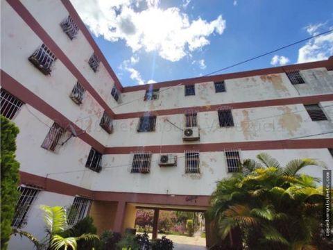 apartamento en venta en bqto rah 21 4823 ey 04149511144