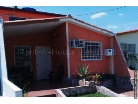 espaciosa casa en venta cabudare 21 4617 rj