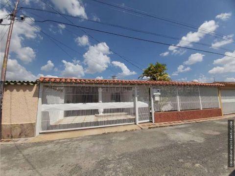 casa en venta en santa cecilia rah 21 15815