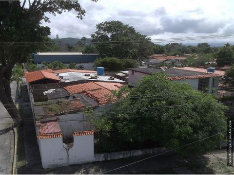 ml 04245105659 vende casa en urb la hacienda cabudare 21 27117