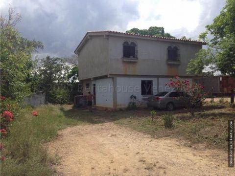 vendoterreno en tamaca con 2 casas y 2 locales com rah 21 4446 jfr