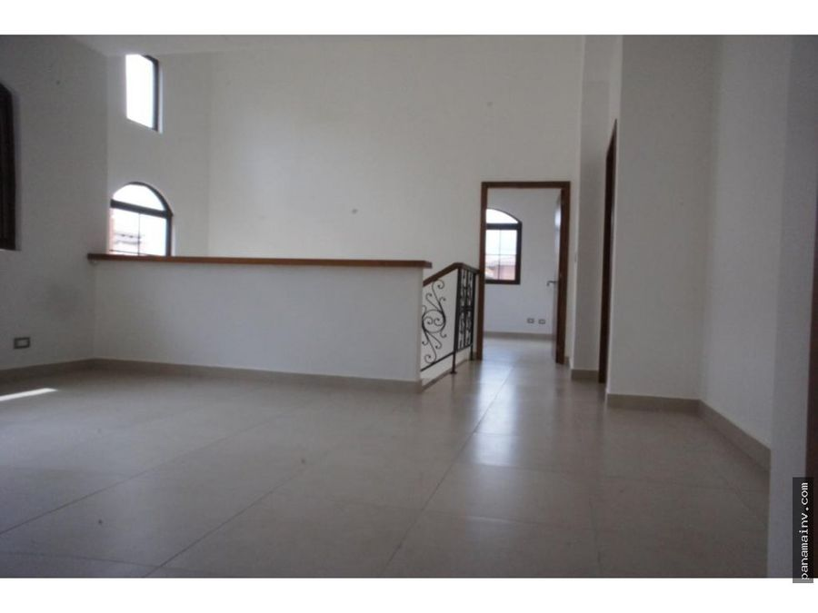 alquiler casa en costa sur village 4260dm