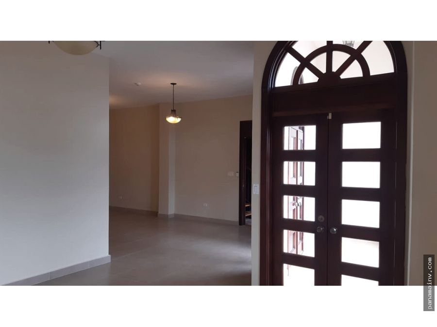 se alquila apartamento en casco antiguo 5069vp