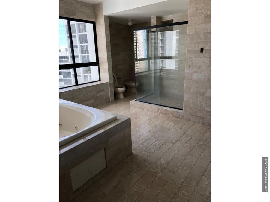 se vende apartamento en punta del sol paitilla 4100da