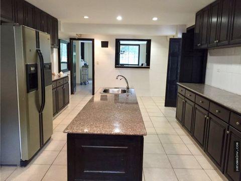 se vende hermosa casa en clayton albrook 4095da