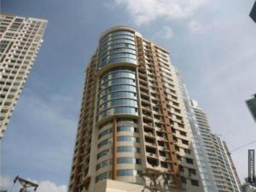 se vende apartamento en rocamar 4101dm
