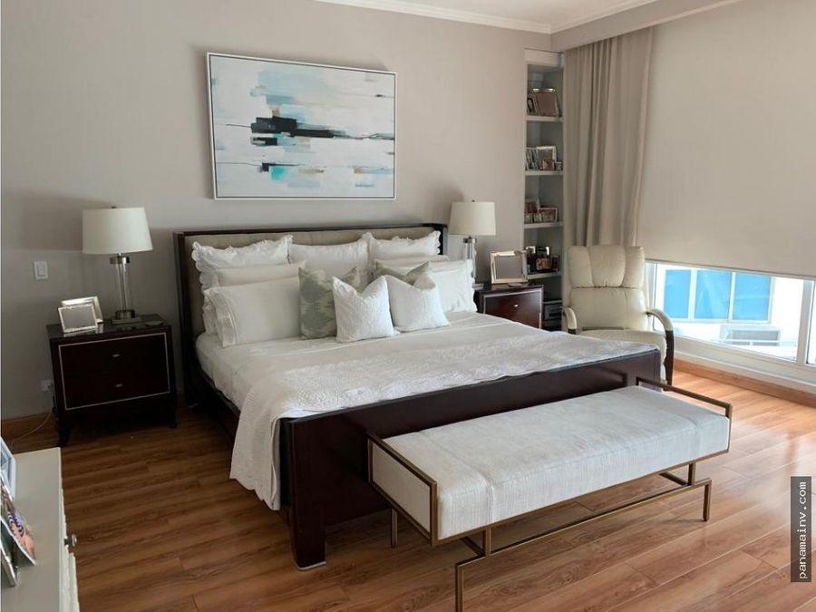 se vende apartamento en q tower 5079da