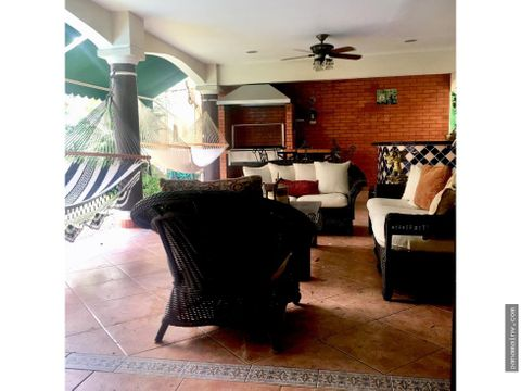 se vende casa en costa bay 4287cg
