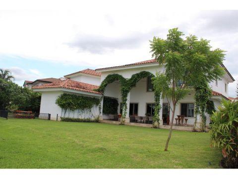 venta de casa en santa maria golf country club ciudad de panama