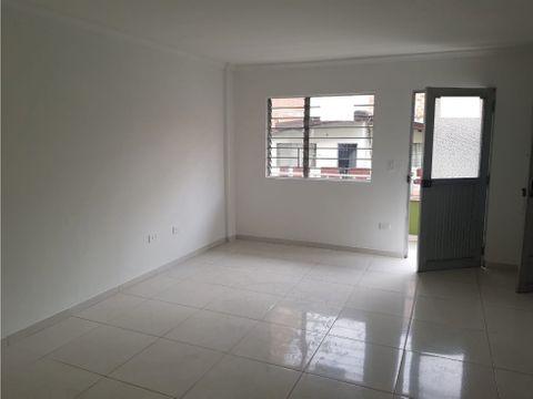 venta de apartamento ph tercer piso por el parque de itagui antioquia