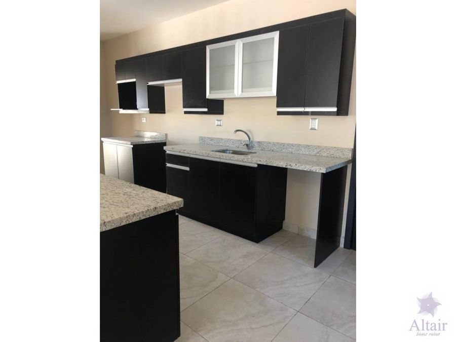 se renta apartamento nuevo 3 habitaciones