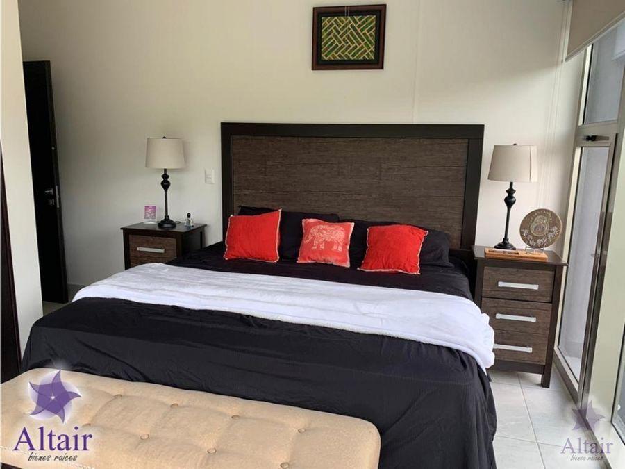 se vende o renta apartamento en torre taragon