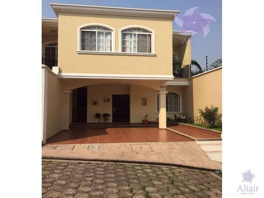 se vende casa en villas milano