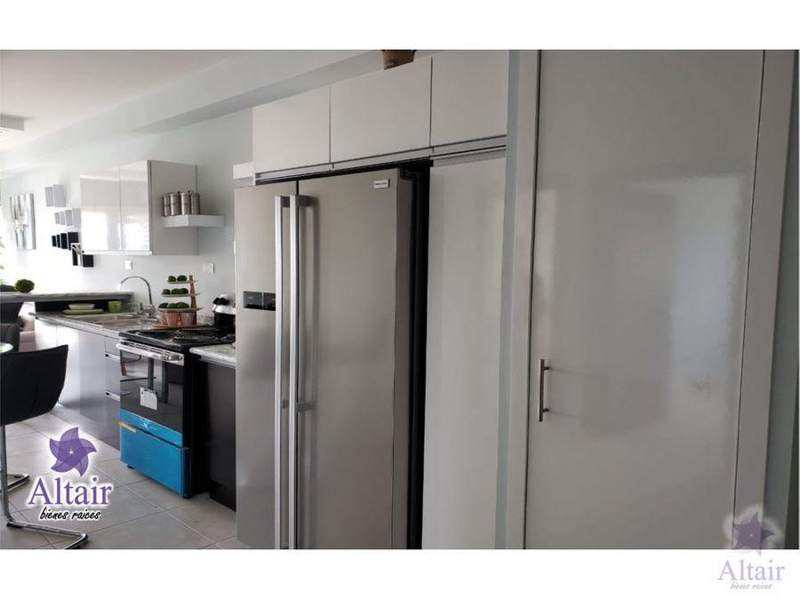 se vende apartamento en lomas del mayab