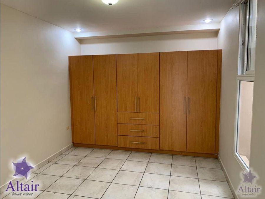 se alquila apartamento en el trapiche
