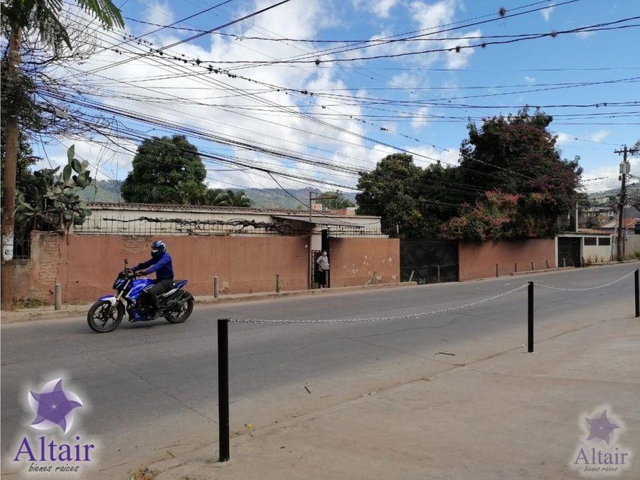 se vende casa en col la esperanza acceso boulevard morazan