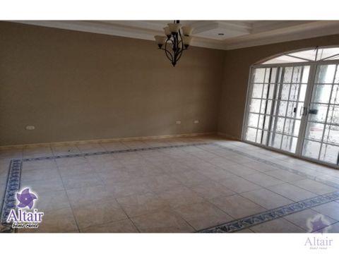 se vende casa en lomas del mayab l13 750000