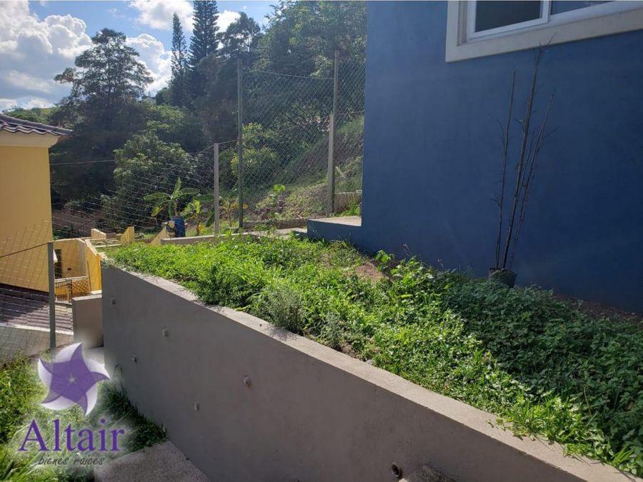 se vende o se alquila casa en residencial cerro azul