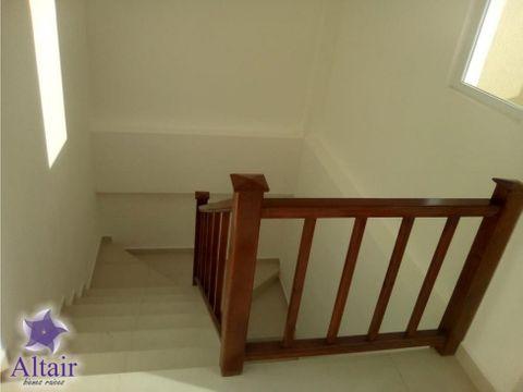 se vende casa en residencial roatan west end