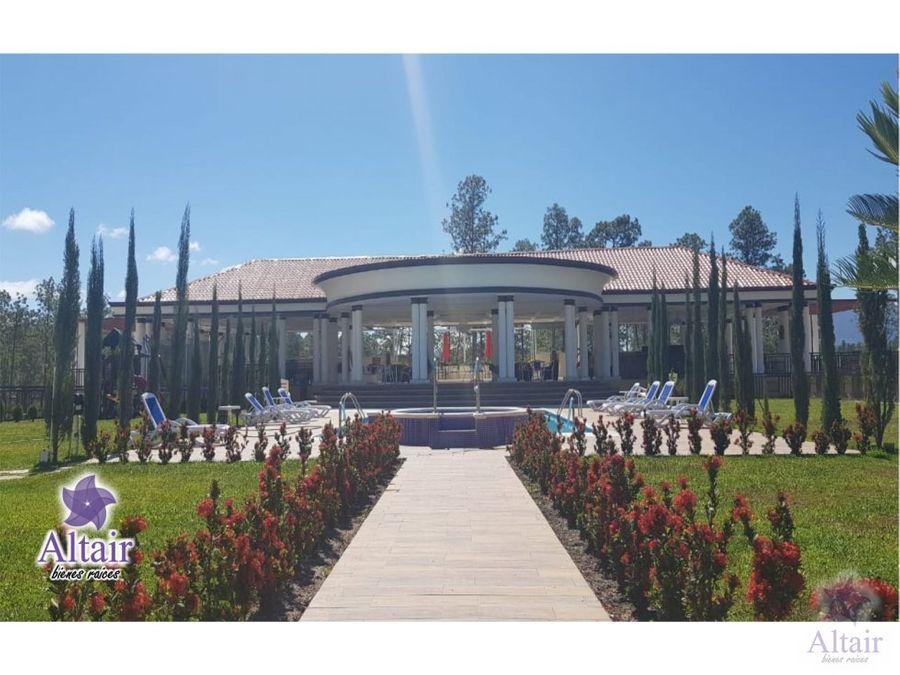 se alquila casa nueva en valle de angeles l17900